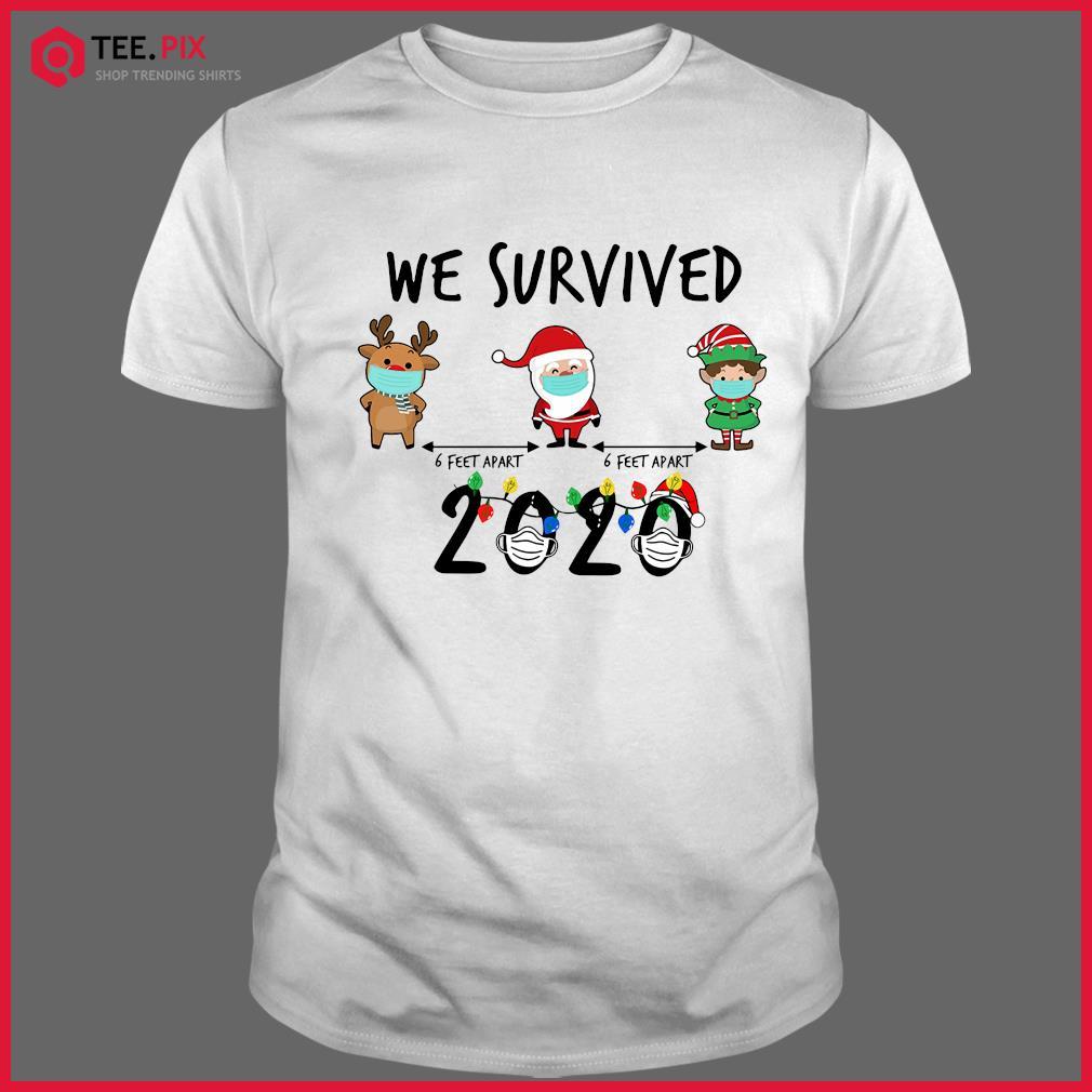 We Survived Face Mask Reindeer Santa Claus Elf 6 Feet Apart 2020 Merry Christmas Sweatshirt